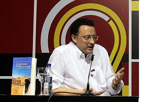 Luis Leante: Veinte deflagraciones para fusilar a un enemigo del sistema educativo español